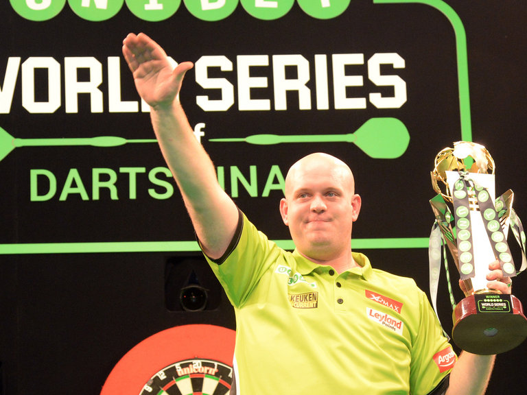 Mesmeric MvG wins World Series classic against valiant Wright ...